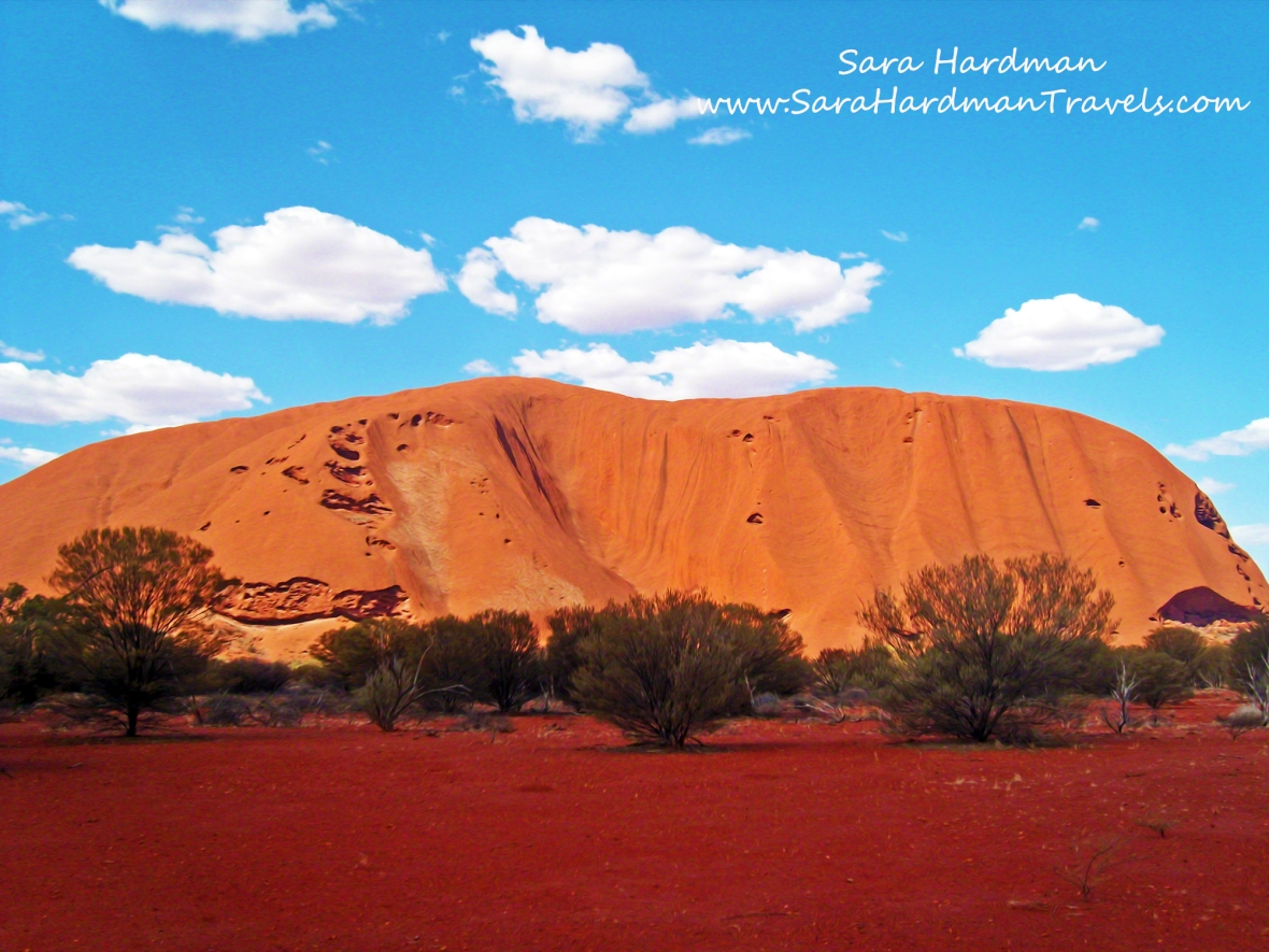 Uluru by Sara Hardman Travels