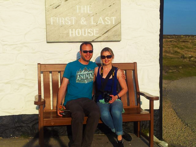 Sara Hardman Travels at Land's End