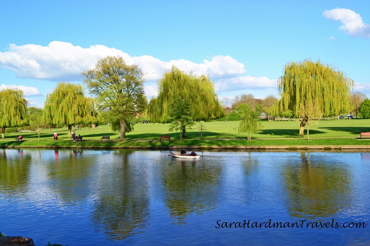 River Avon by Sara Hardman