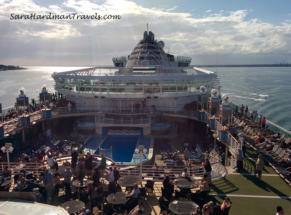 P&O Cruise Azura Sara Hardman